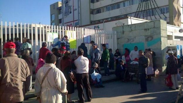 Continúan en paro trabajadores de la salud en Oaxaca