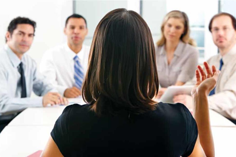 Crece más la incorporación de mujeres al mercado laboral