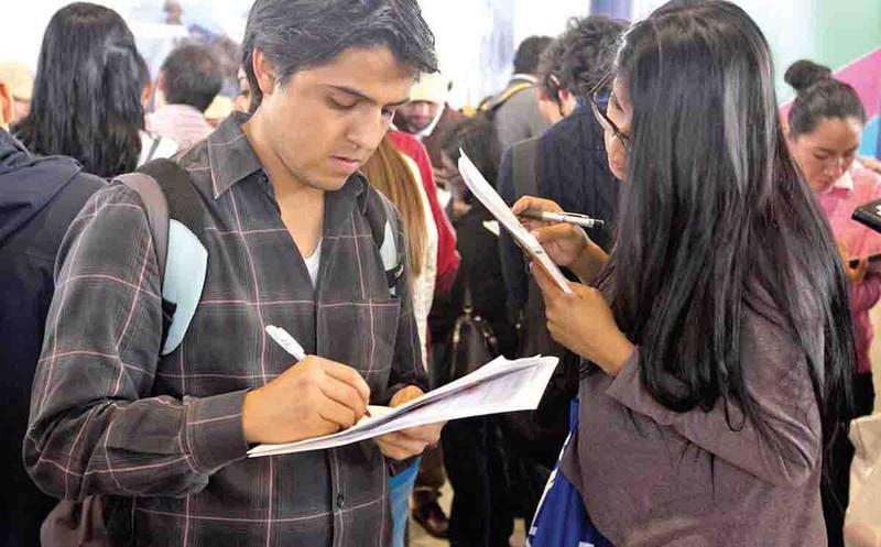 Crece número de mexicanos mal pagados