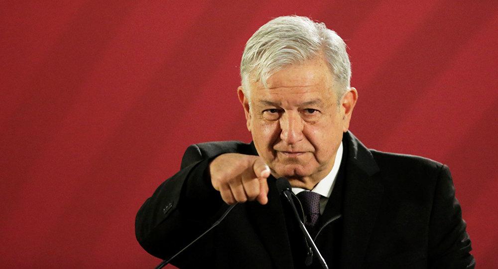 Cruza Morena a AMLO;  no quiere control de Pemex