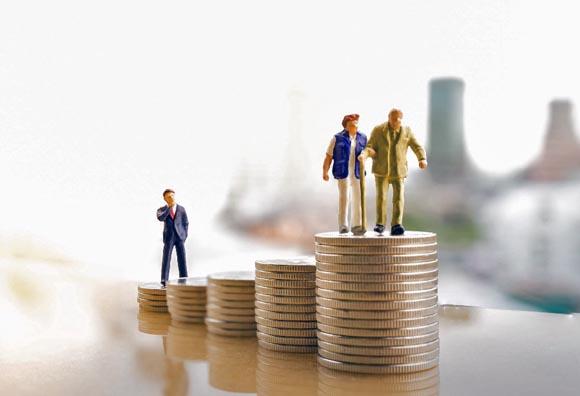 ¿Cuánto más deberían aportar los trabajadores para su jubilación?
