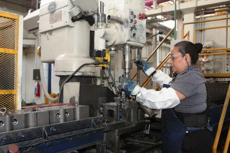 Darán trabajo a migrantes en industria potosina