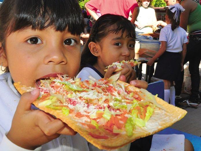 De los alimentos que se venden en escuelas el 51% es chatarra