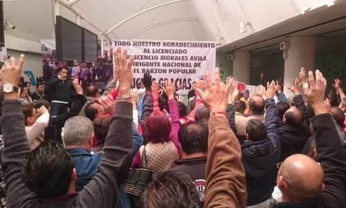 Denuncia Sindicato de Mexicana a empleados