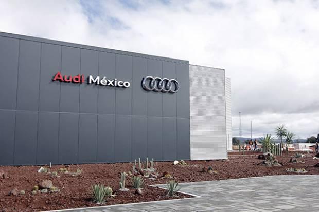 Denuncian adeudo millonario de Audi