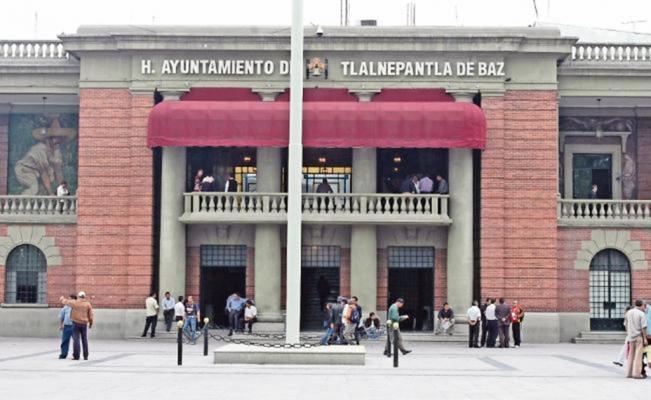 Denuncian autoasignaciones de sueldos en Ayuntamiento de Tlalnepantla