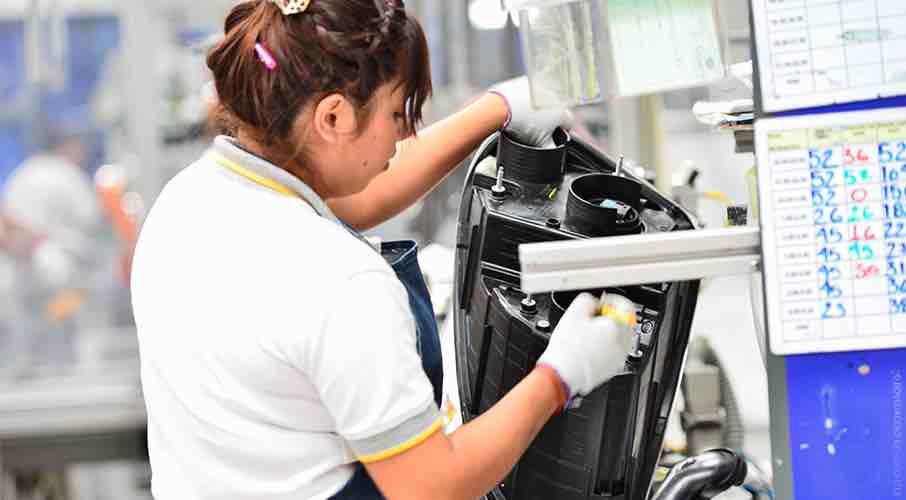 Desacelera la pérdida de empleos formales en julio:  3,907 despidos