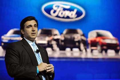 Descarta Ford despidos en EU