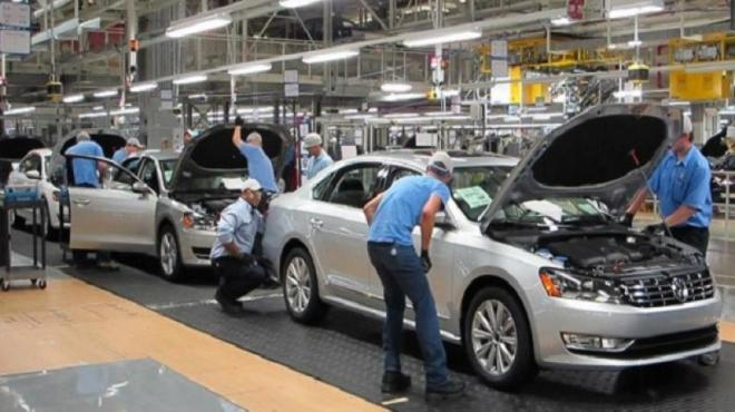 Descarta VW despidos en revisión de CCT