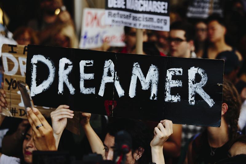 Desempleo amenaza a dreamers