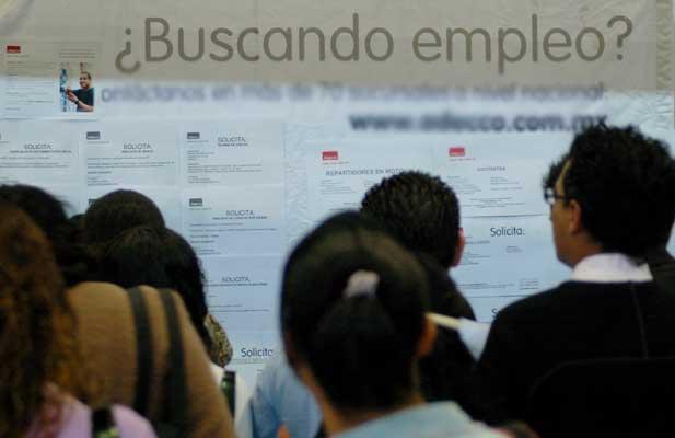 Desempleo impacta a 2.1 millones de personas