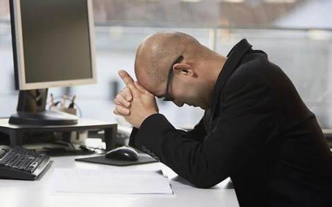 Desorden financiero colapsa a pequeñas empresas