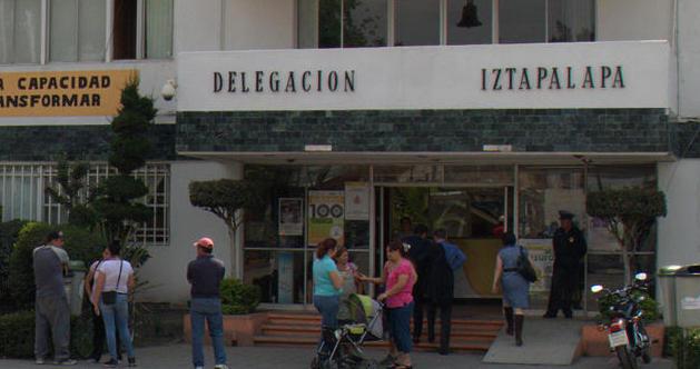 Despidos masivos en Iztapalapa