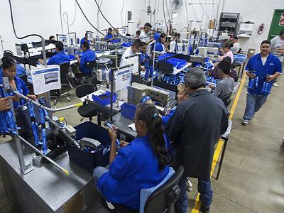 Destacan sectores generadores de empleos en 2016