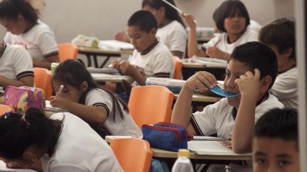 Detectan a más de tres mil niños enfermos en escuelas públicas