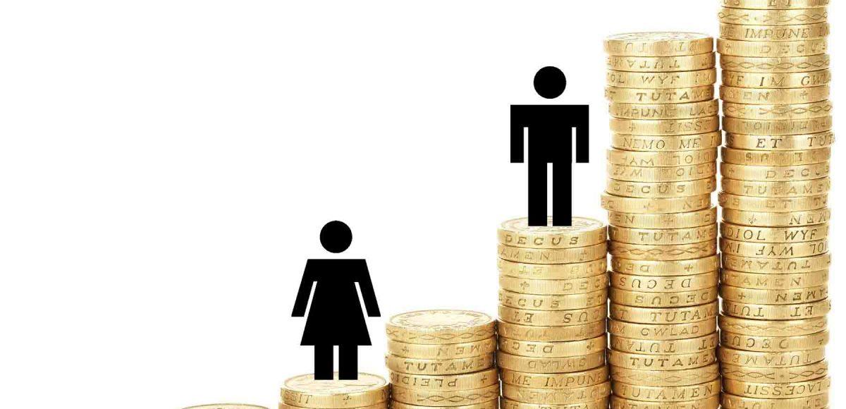 Diferencia salarial reduce pensiones a mujeres