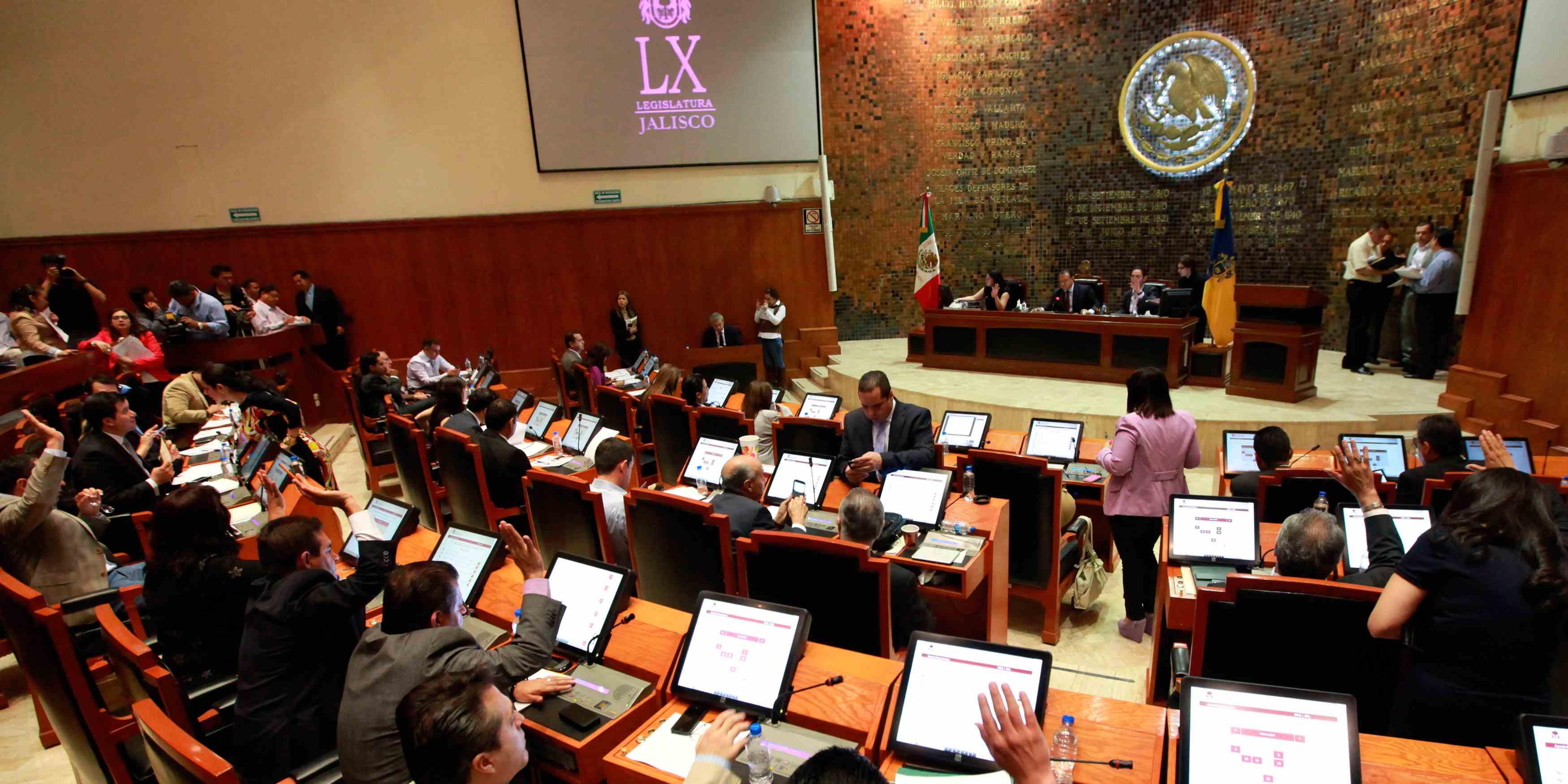 Diputados de Jalisco alistan nueva reforma a ley de pensiones del estado
