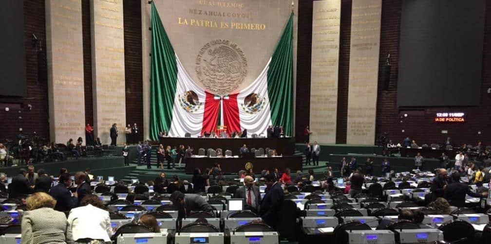 Diputados donarán parte de salarios para caravana migrante
