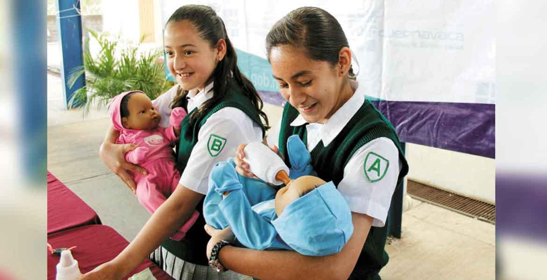 Disminuyen casos de embarazo en adolescentes