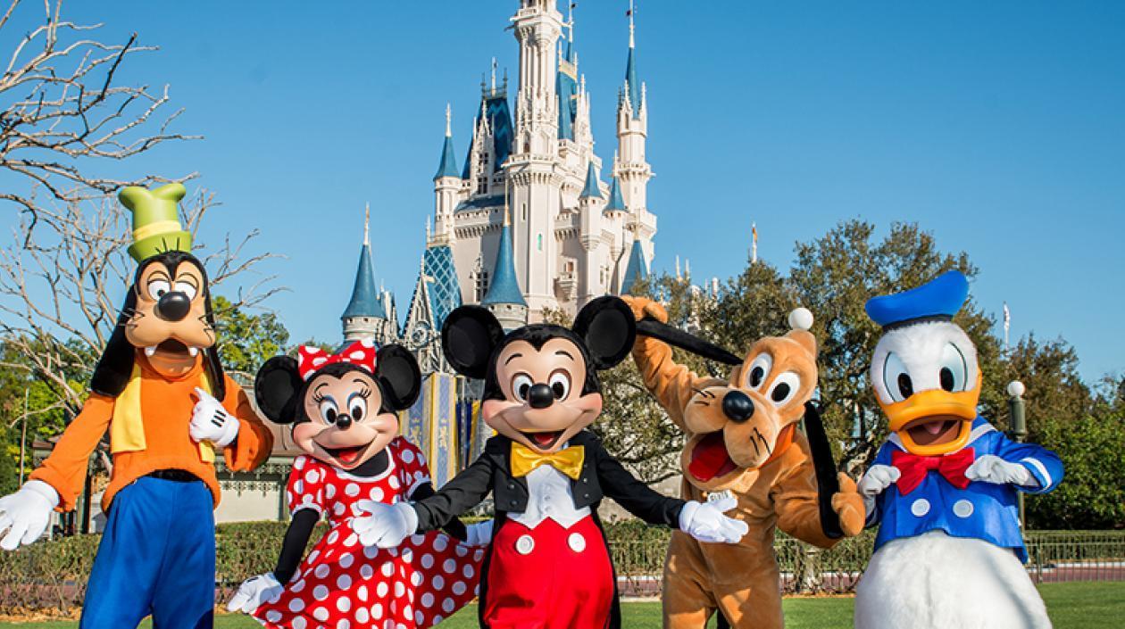 Disney World acuerda aumentar el salario mínimo de sus trabajadores