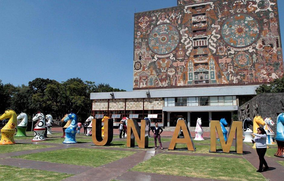 Docentes de la UNAM piden 50% de aumento salarial