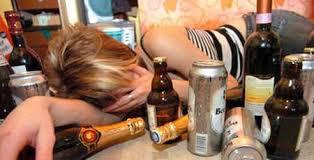 El alcohol, la condena de adolescentes
