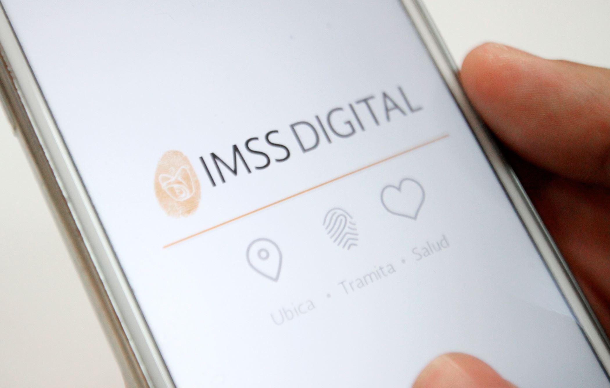 El IMSS atiende 300 millones de trámites en línea