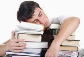 El sueño es clave para tener éxito en la universidad