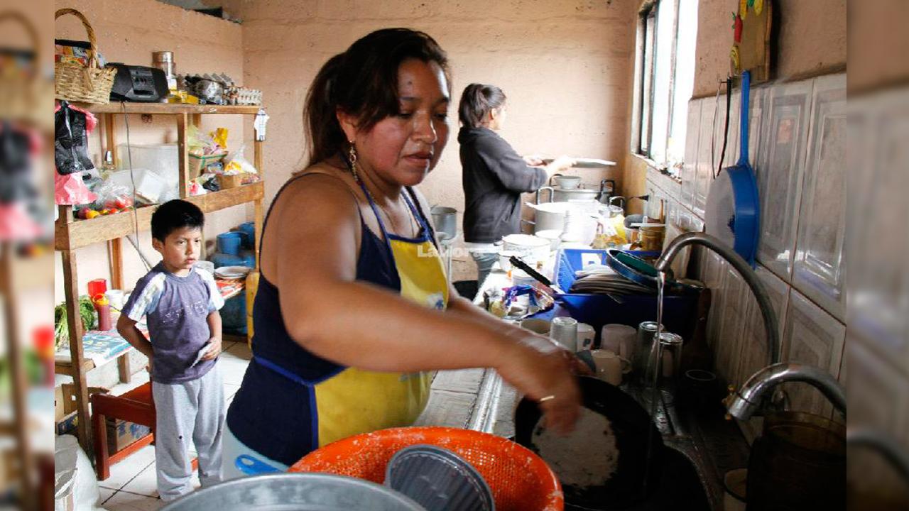 El trabajo sin paga en hogares vale 23% del PIB