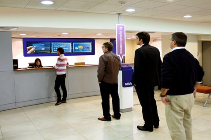 Empleo en bancos pierde el glamour pero no el atractivo