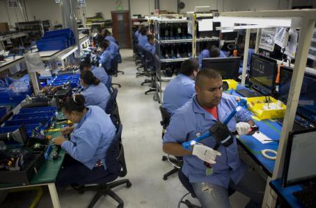 Empleo manufacturero reporta menor avance en 4 meses