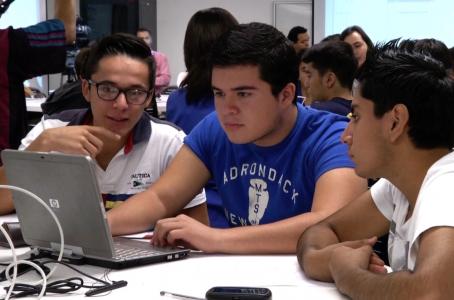 Emprendedores jóvenes abren nuevo capítulo en CDMX