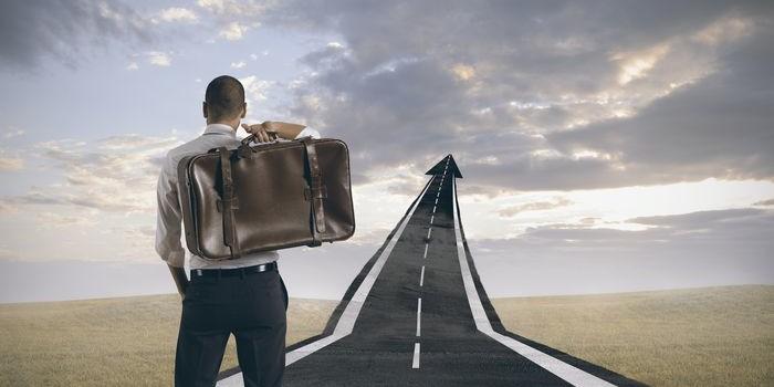 """Emprender es """"aventarse"""" al precipicio y  volar"""