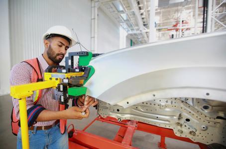 Empresas dan contratos con salarios bajos: STPS