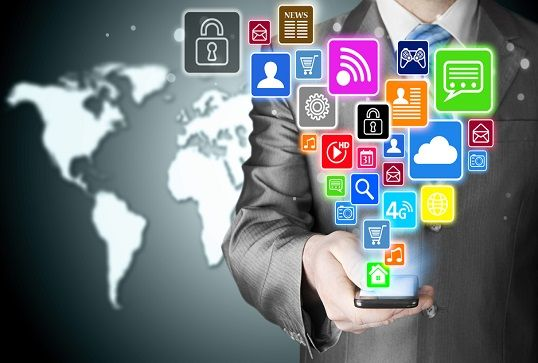 Empresas pueden atraer y conservar clientes a través redes sociales