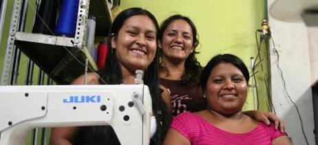 Empujan mujeres para generarse trabajo y...empleos