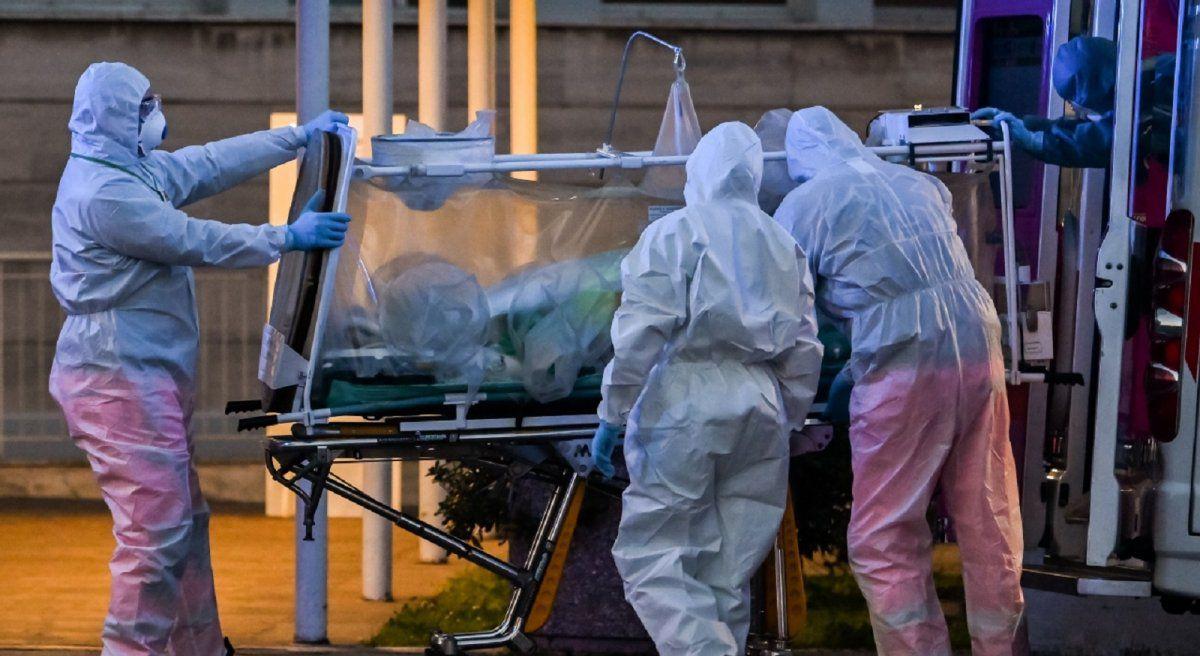 En 24 horas mueren 334 muertes por coronavirus en México