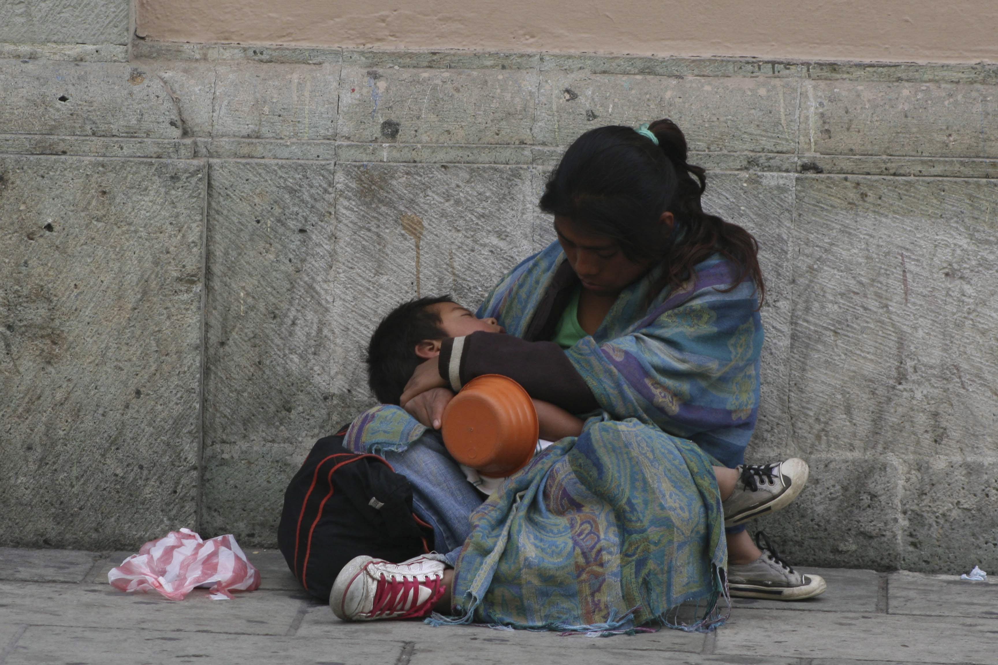 """""""En México se trabaja para ser pobre"""""""