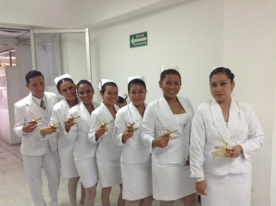 Enfermeras, apoyo incondicional de los pacientes