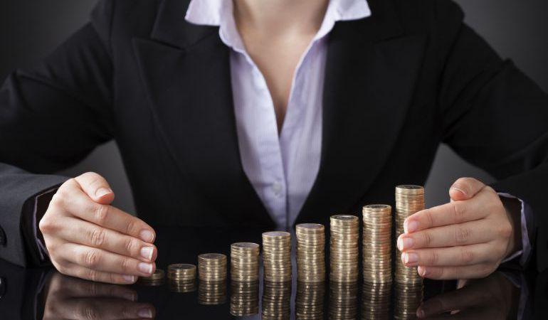 Enumeran razones de brecha salarial