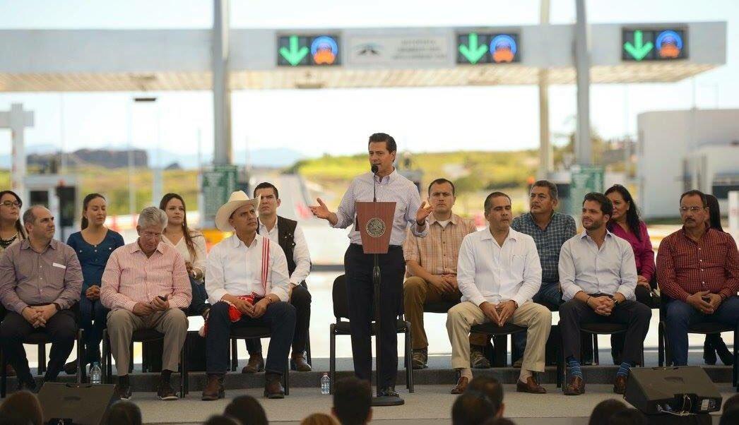 EPN destaca creación de 3.3 millones de empleos