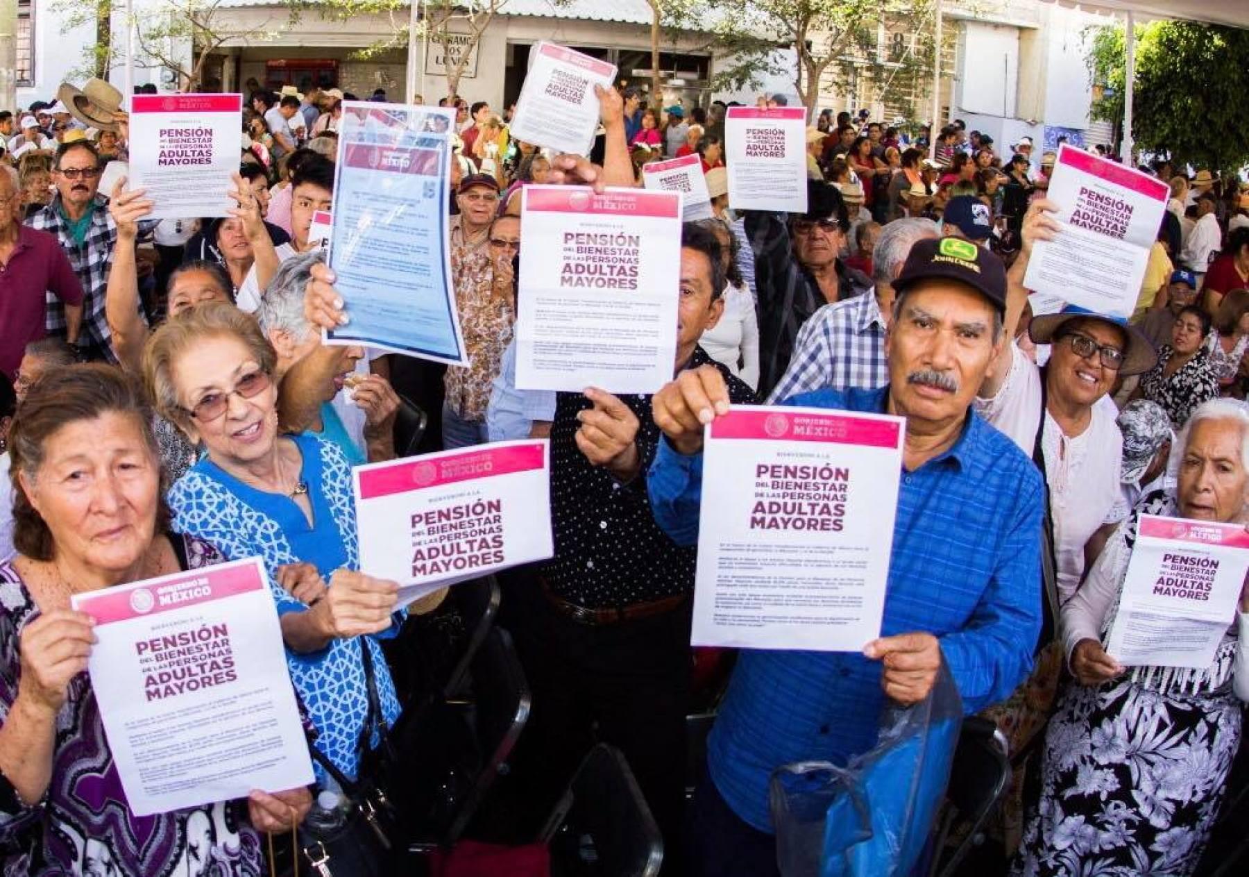 Es México ejemplo de programas sociales fragmentados y duplicados: FMI