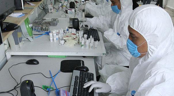 Espera IMSS fallo en licitación de laboratorio