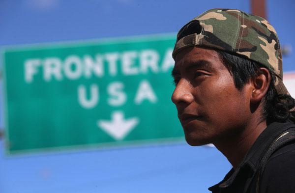 Esta app da trabajo a migrantes deportados