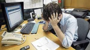 Estrés laboral, padecimiento que afecta a jóvenes