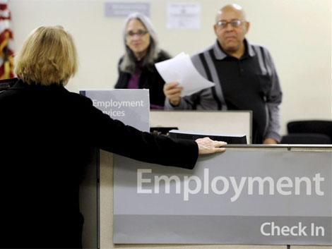 EU reporta nivel de apoyos por desempleo más bajo en 40 años