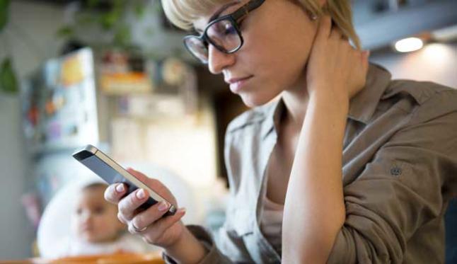 Exceso de móviles afecta la salud