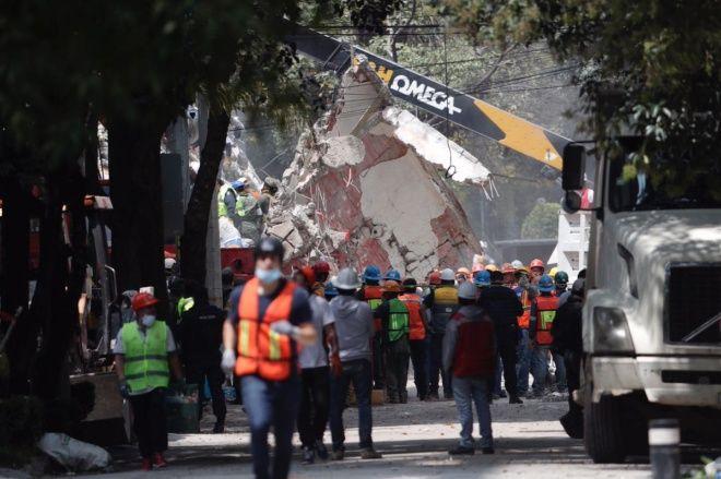 Exigen empleos temporales para centenares de mexicanos sin empleo tras sismo