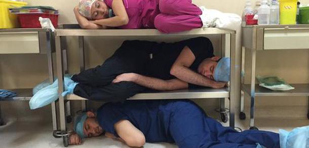 Exigen regular horarios en residencias médicas