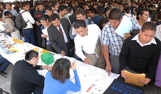 Exitosa  Feria del Empleo en el IPN